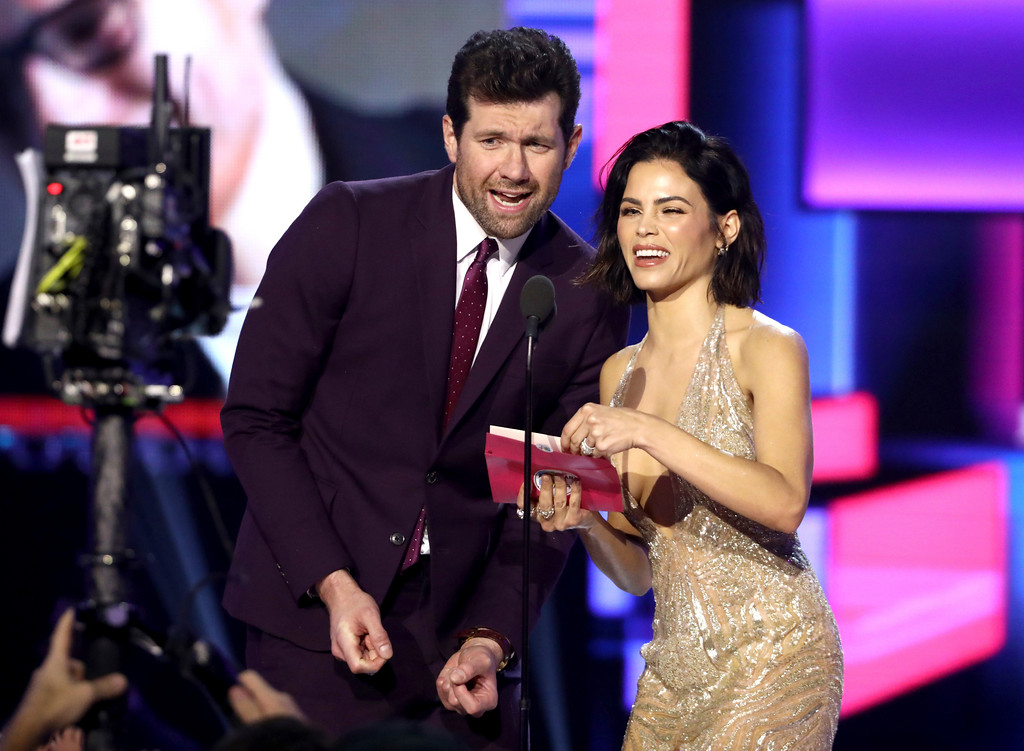 . Billy Eichner, left, and Jenna Dewan present the award for favorite artist adult contemporary at the American Music Awards at the Microsoft Theater on Sunday, Nov. 19, 2017, in Los Angeles. (Photo by Matt Sayles/Invision/AP)
