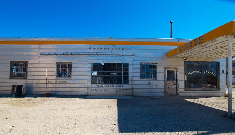 Dahlstrom's Garage