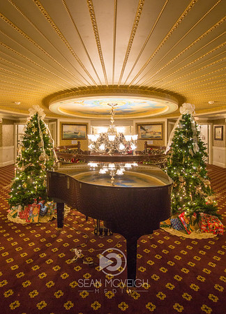 Holidays on The American Queen