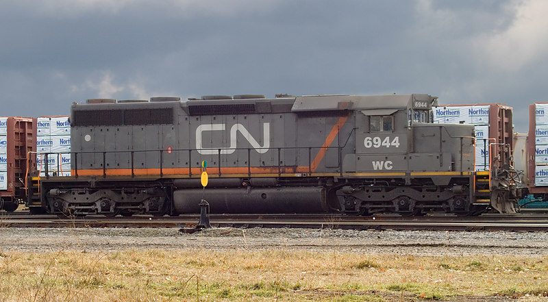 Fort Frances Yard.<br /> <br /> This leased unit was removed (retired) from CN's roster on April 1st, 2008.
