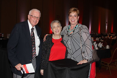 Bill & Joan Menenhall, Ruthie Graen (1)