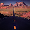 Road to Monument Valley ©