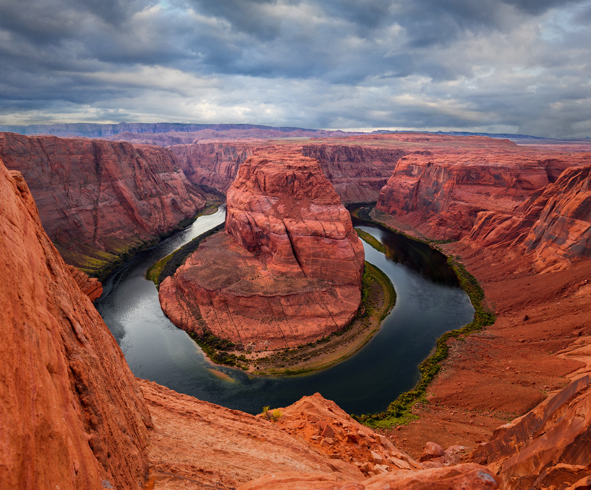 Horseshoe Bend at Daybreak