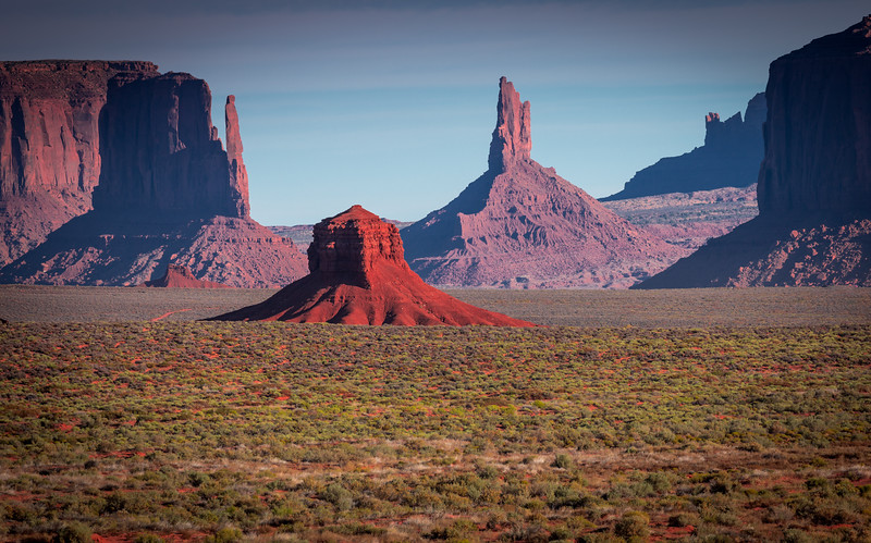 Buttes of Monument Valley ©