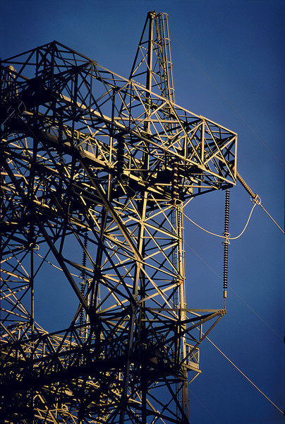 electric tower @ Glen Canyon