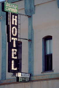 Grand Canyon Hotel sign
