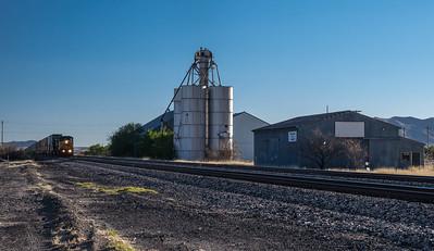 CSX train approaching Willcox