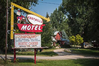 Foothills Motel rustic cabins Dayton WY