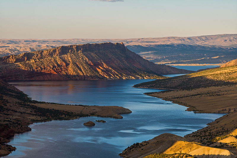 shoreline of Flaming Gorge