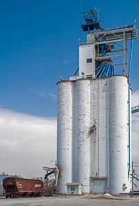 tall grain elevators Exeter Nebraska