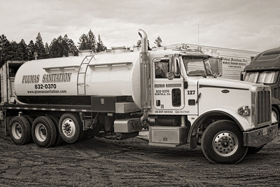 Many trucks and many services from many cities across California, Oregon and Washington.