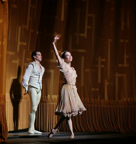 Xiomara Reyes and Sascha Radetsky, Coppélia, July 3, 2014