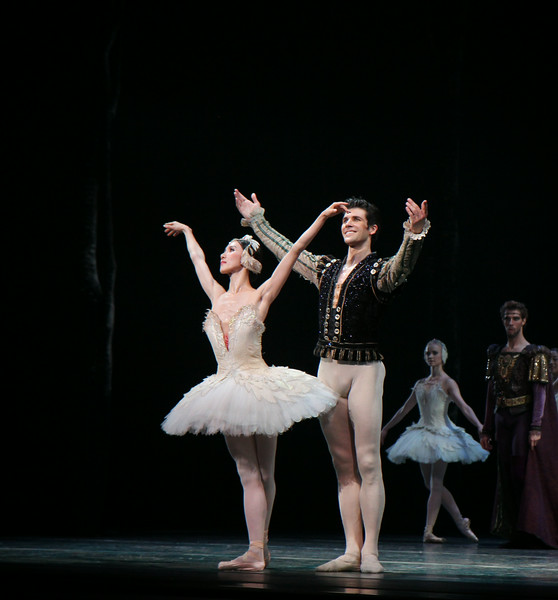 Hee Seo and Roberto Bolle, June 28, 2014