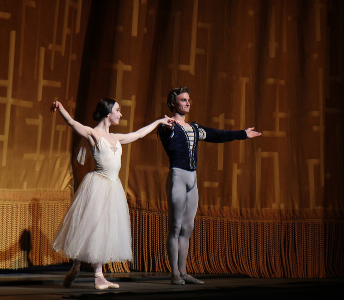 Xiomara Reyes and Jared Matthews, Giselle, June 19, 2014