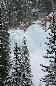 Frozen waterfall in Johnston Canyon