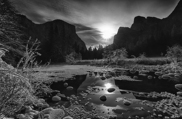 Yosemite Valley by Moonlight