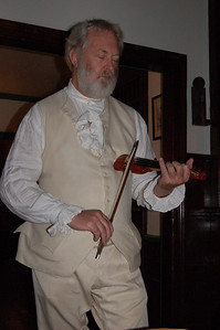 Tavern performer, Williamsburg, Virginia