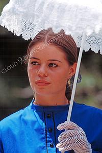 HR-ACWC 00041 American Civil War civilian -- a pretty girl with a parasol, by Peter J Mancus