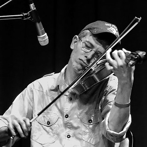 Daniel Rothwell, fiddle, April 2016.