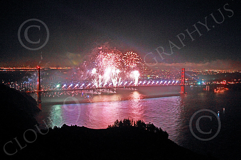 ENGF-GGB 00314 Fabulous fireworks burst over the Golden Gate Bridge to celebrate a landmark anniversary picture by Peter J Mancus