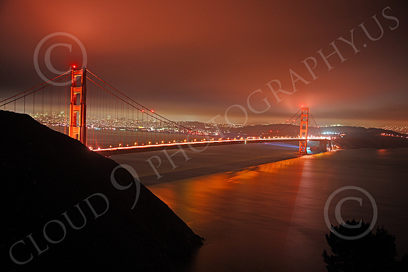 ENGF-GGB 00076 The Golden Gate Bridge at night under an overcast, by Peter J Mancus
