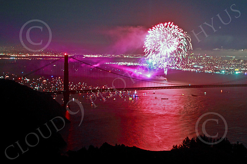 ENGF-GGB 00366 Colorful fireworks burst above the Golden Gate Bridge to celebrate a landmark anniversary picture by Peter J Mancus