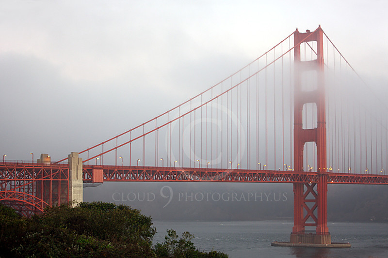 ENGF-GGB 00016 The south tower of the Golden Gate Bridge in dim light and fog, by Peter J Mancus
