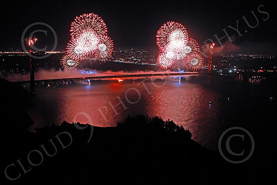 ENGF-GGB 00359 Colorful fireworks burst above the Golden Gate Bridge to celebrate a landmark anniversary picture by Peter J Mancus