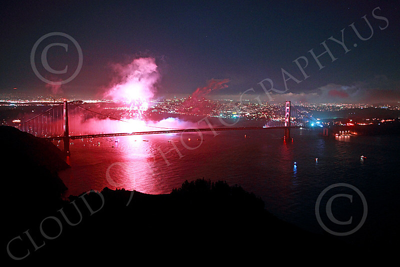 ENGF-GGB 00367 Colorful fireworks burst above the Golden Gate Bridge to celebrate a landmark anniversary picture by Peter J Mancus