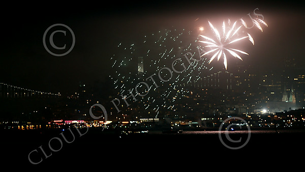 FIREWORKS 00020 San Francisco July 4 2014 fireworks display picture by Peter J Mancus