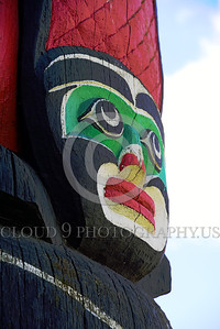 TotPol 00021 A human face totem pole detail picture by Peter J  Mancus