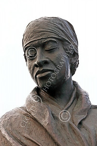 STY-BFREE 00019 Face of an adult Black female, an ex-slave, in a statue celebrating Black freedom, statue picture by Peter J Mancus