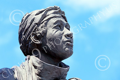 STY-BFREE 00024 Face of an adult Black female, an ex-slave, in a statue celebrating Black freedom, statue picture by Peter J Mancus