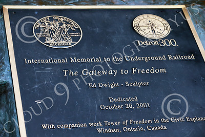 STY-BFREE 00026 Dedication for THE GATEWAY TO FREEDOM by sculptor Ed Dwight, in celebration of Black's freedom, picture by Peter J Mancus