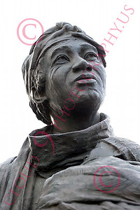 STY-BFREE 00009 Portrait of a free woman, an ex-slave Black lady, statue picture by Peter J Mancus