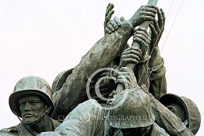 STY-USMCM 00002 A stunning tribute to US Marine Corps' teamwork, statue picture by Peter J Mancus