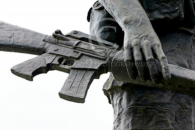 STY-VIETNWM 00006 An example of when the US government trust its citizen with guns in a Vietnam War Memorial statue picture by Peter J Mancus