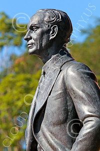 Sty-HFord 00010 A statue portrait of the inventor of the factory assembly line, Henry Ford, statue picture by Peter J Mancus