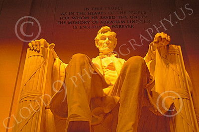 STY-ALINCOLN 00024 A frontal view of the Lincoln at the Washington DC Lincoln Memorial statue picture by Peter J Mancus