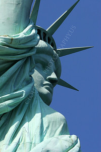 STATUTE OF LIBERTY 00004 by Peter J Mancus