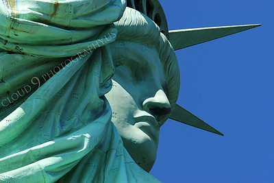 STATUTE OF LIBERTY 00035 by Peter J Mancus