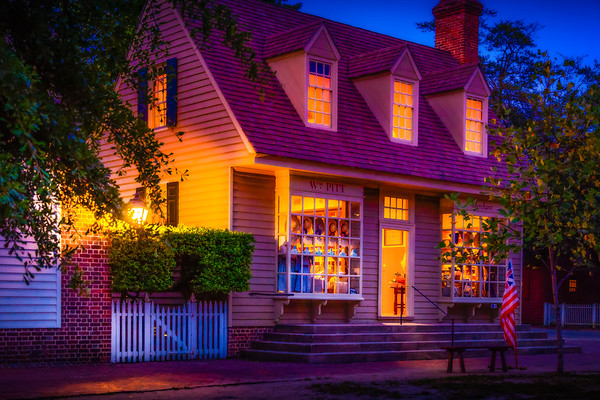 Dusk at Colonial Williamsburg