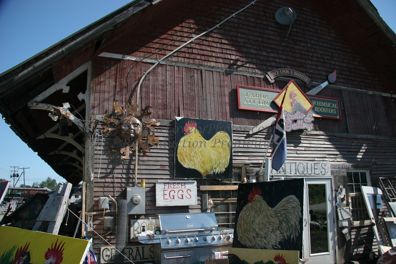 Rooster Antiques, VT