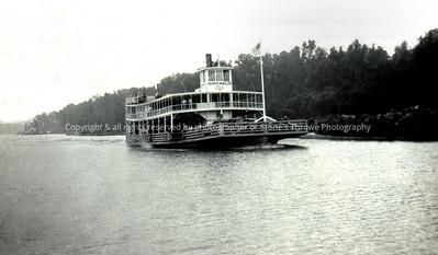 R15-steamboat-nlg-circa_1923-0003