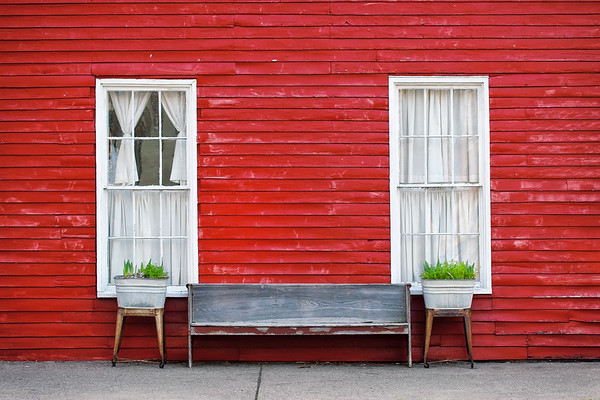 Red Claps & Bench