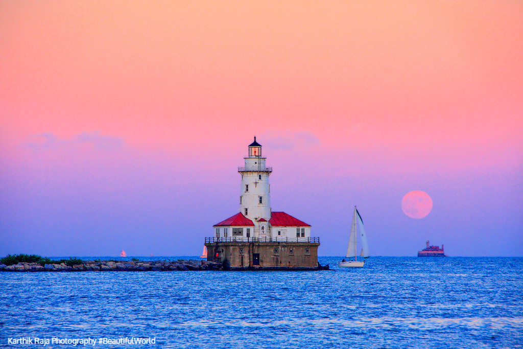 Chicago Harbor Lighthouse, sunset, moon, Lake Michigan, Chicago