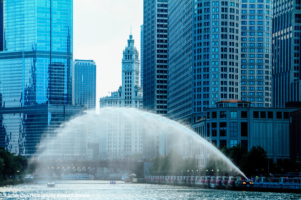 Chicago river, Wrigley building, Water Jet, Fountain, Chicago