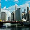 Chicago River, skyline