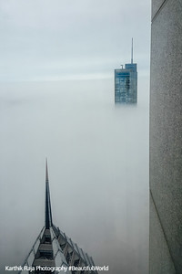 Trump Tower, Chicago in the clouds, view from the Aon Center