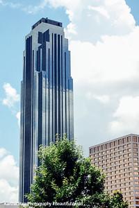 Williams Tower, Houston